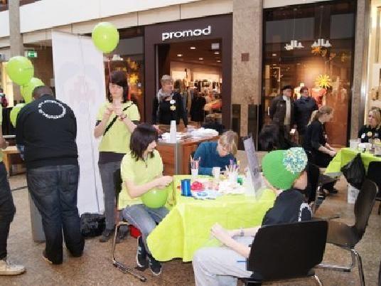 25.02.2012 Aktionstag im Schlosspark-Center Schwerin