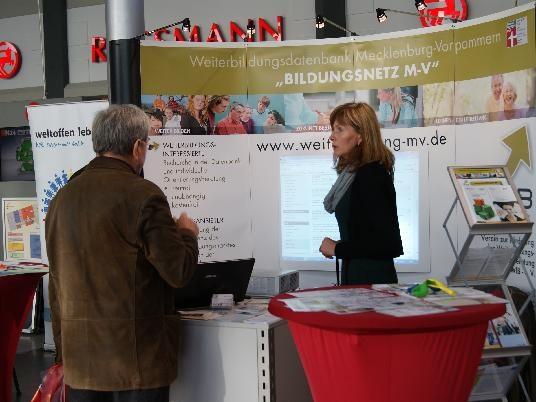 26.10.2013 WIR-Aktionstag im Elisen-Park Greifswald